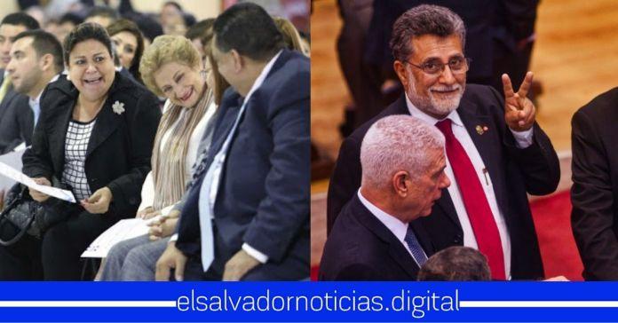 ARENA y FMLN celebran su unión tras haberse manifestado el día de ayer contra el gobierno
