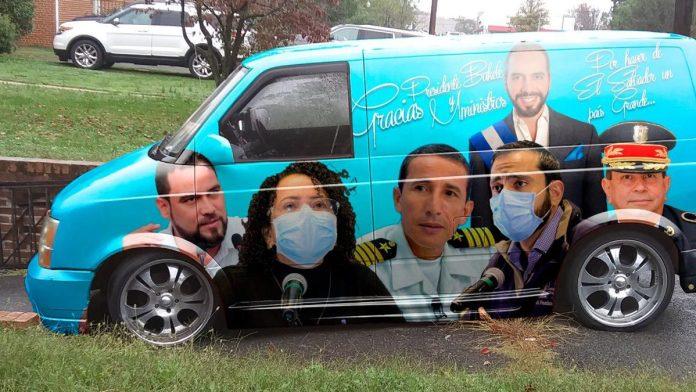 Rostros de Héroes Nacionales son pintados en camioneta. Nelson Rodríguez, decidió rendirle tributo a quienes han hecho todo por El Salvador.