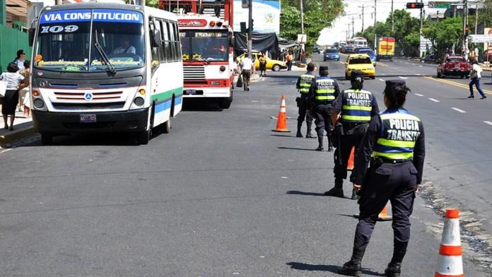 El país registra una reducción del 15% en accidentes de tránsito, luego que la mayoría de personas siguen las medidas y control antidoping