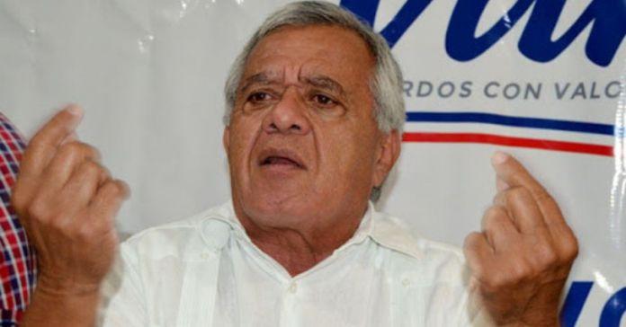 Chato Vargas le ordena al pueblo que sean agradecidos con ARENA ya que gracias a ellos El Salvador ha logrado vivir en paz por 29 años
