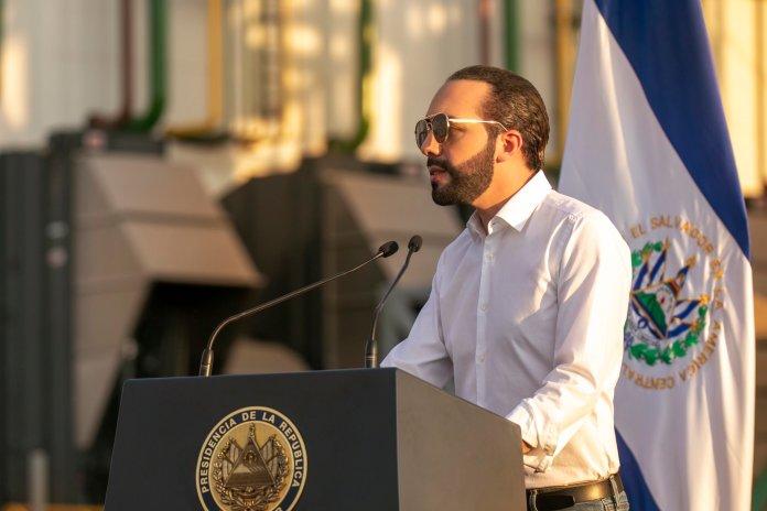 El Salvador es líder en todo el continente por rápida aplicación de vacuna contra el COVID-19, gracias a las gestiones del Presidente Bukele