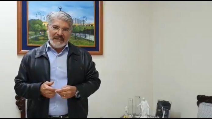 Quijano confirma que se encuentra en Honduras tras declararse «perseguido político» del Presidente Bukele
