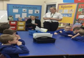 Class 3 had a visit from the Fire Safety team to learn about how to stay safe around fire.