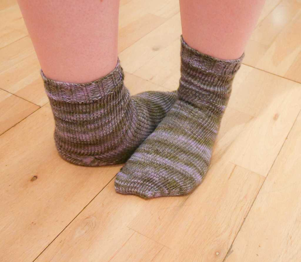 Hand knitted socks on weird feet