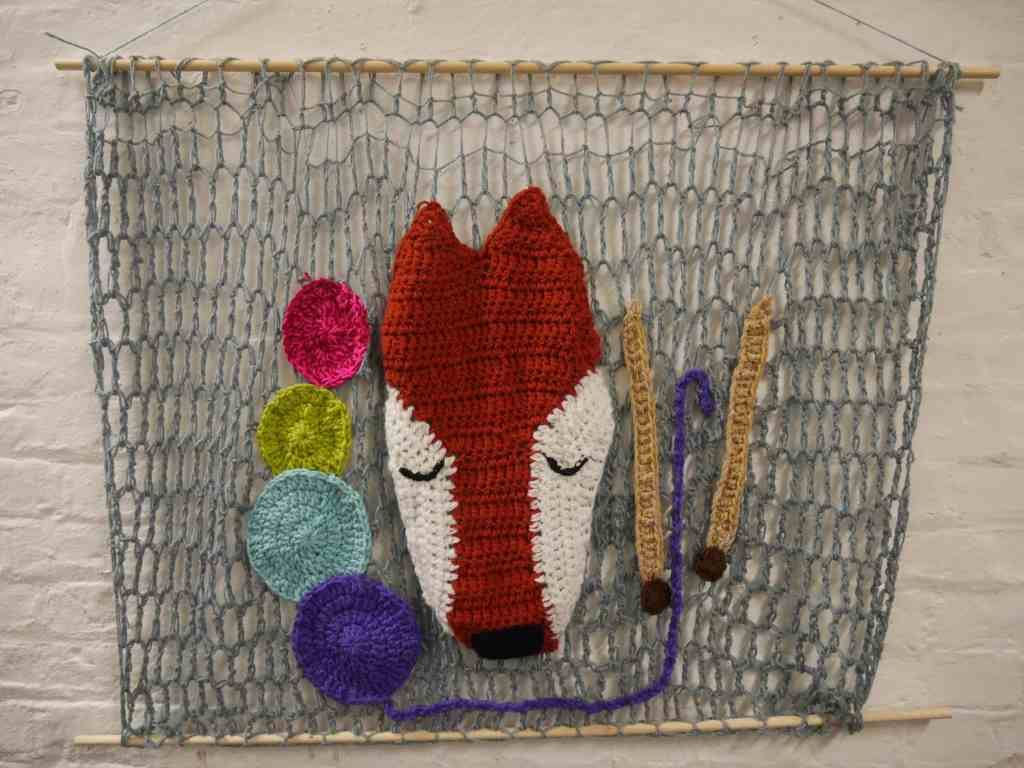 Knitting fox installation at Unravel 2017