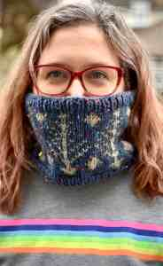 Picture of a finished Wintry Warmer Cowl