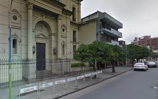 Una protesta de padres del colegio San Francisco complica el tránsito en Marcos Paz al 600
