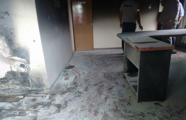 En Cordoba durante el temporal: Un rayo cayó en el despacho del intendente de Villa Huidobro