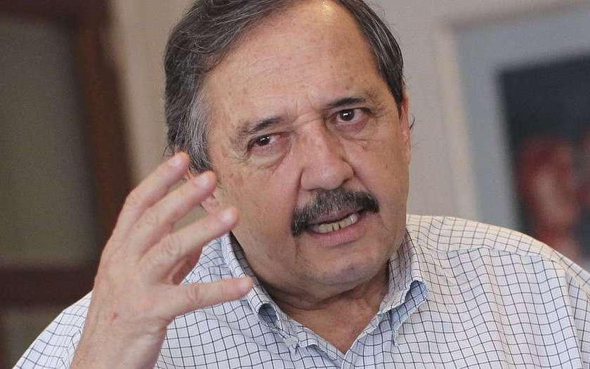 """Contra la CEOCRACIA, Alfonsín: """"Si tenés empresas no te dediques a la política, y si sos político, no tengas empresas"""""""