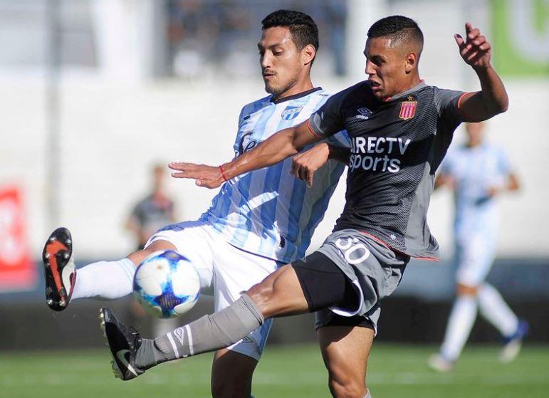 Estudiantes de la Plata le ganó a Atletico Tucumán 1 a 0