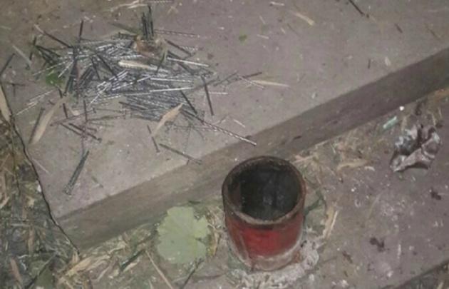 Un profesor de física fabricó una bomba, le explotó y murió
