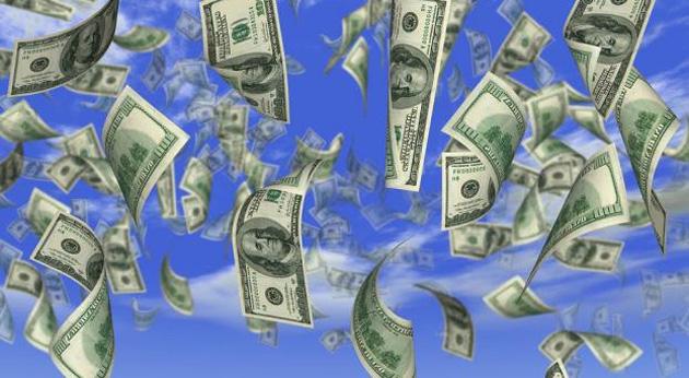 El dólar imparable: escaló otros 18 centavos a $ 18,79 (el blue superó los $ 19)