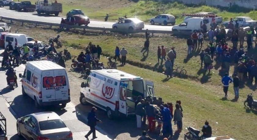 CHOCAN, MATAN Y HUYEN: Dos mujeres murieron atropelladas y fueron abandonadas en la Ruta 9