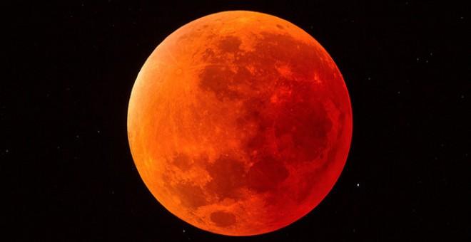 Mira en vivo el eclipse lunar más largo del siglo XXI
