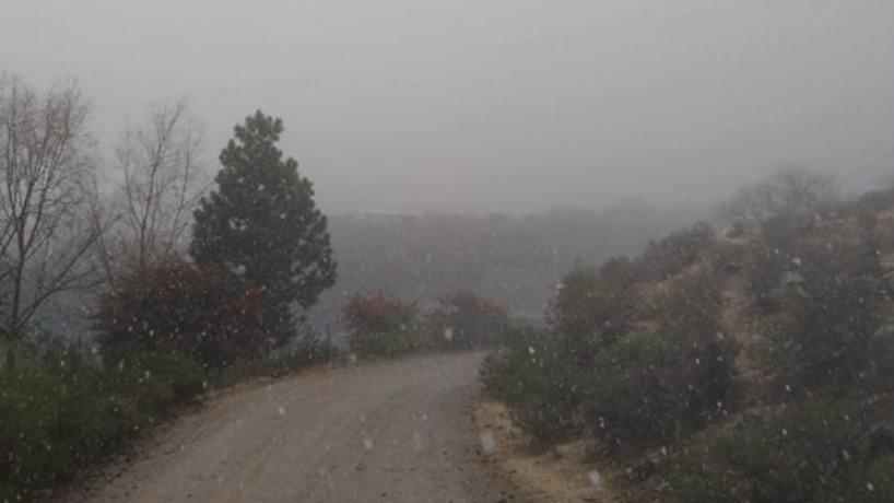 Invierno a pleno en Tucuman: comenzó a caer aguanieve en Tafí del Valle
