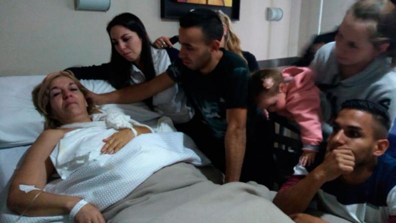 CORDOBA: Se operaba un brazo por un tumor y le intervinieron el otro