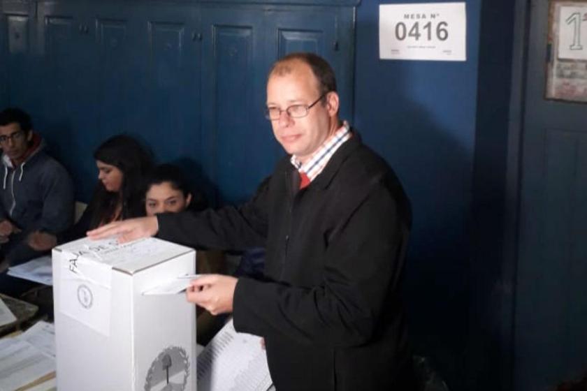 """TUCUMAN VOTA: Osatinsky, voto y dijo """" denuncien irregularidades y hagan valer sus derechos democráticos"""""""