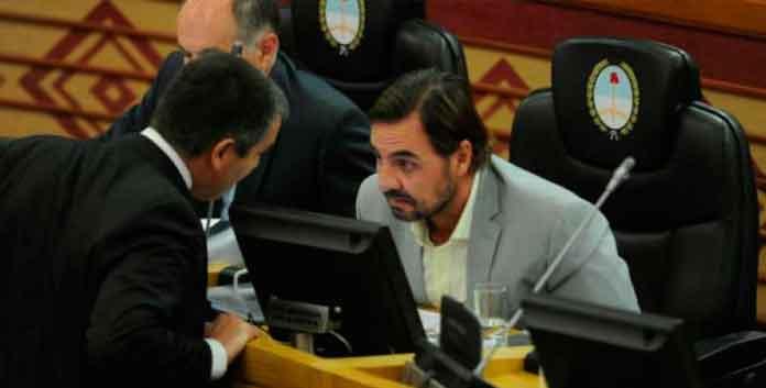 El legislador Brodersen negó que sea delito ofrecer un bono de $ 5.000.- por un voto y pidió sanciones contra Caponio