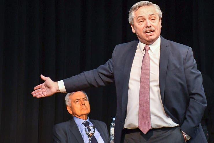 """Sobre el futuro gobierno, Alberto Fernández dijo que Cristina tendrá """"cero"""" injerencia y que quiere """"un ministro de Economía fuerte"""""""