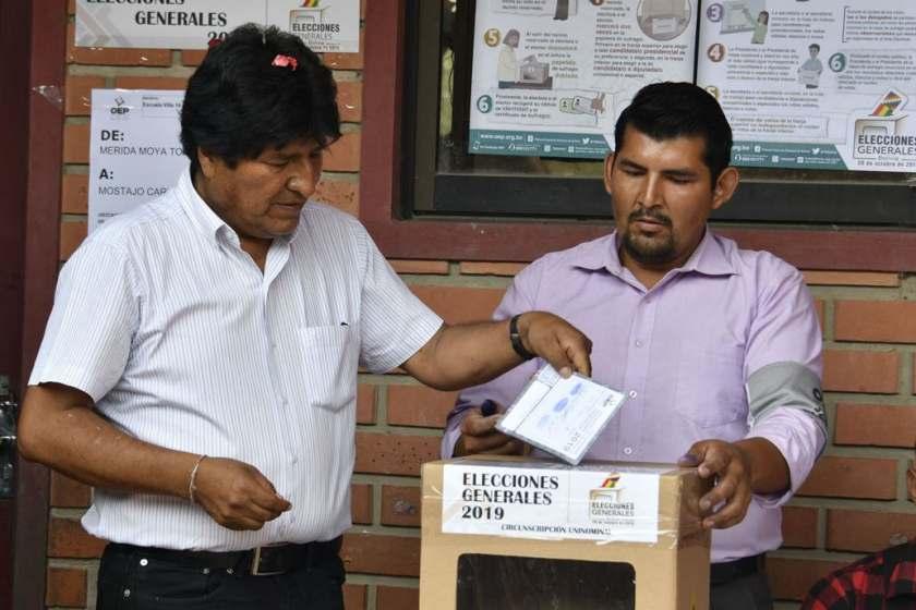 Evo Morales ganó, pero por primera vez deberá ir a un ballottage