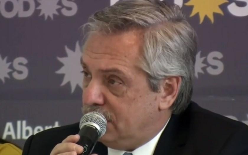 El candidato presidencial Alberto Fernández le pidió a los pilotos levantar el paro