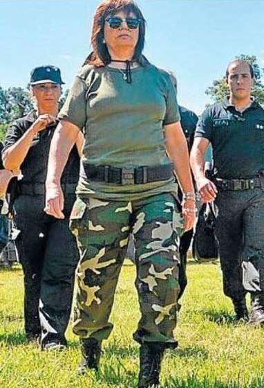 """"""" MINISTRA TIRABOMBAS """": Bullrich aseguró que ahora volverán al país la inseguridad y el narcotráfico"""