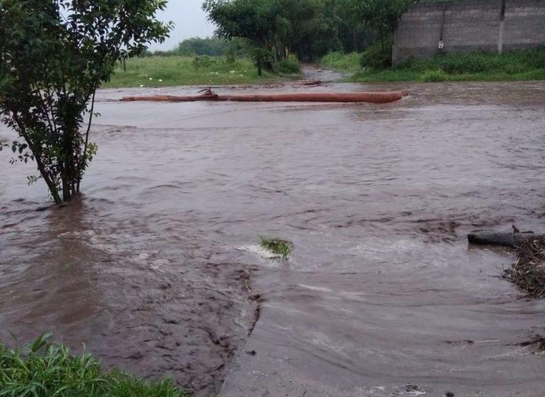 El sur tucumano bajo el agua (VIDEO)