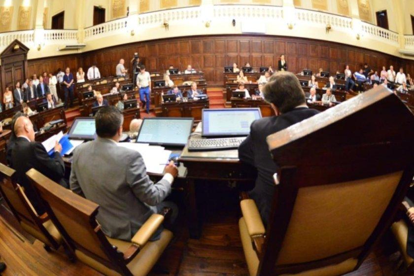 MENDOZA: Senadores aprobaron la derogación de la ley minera