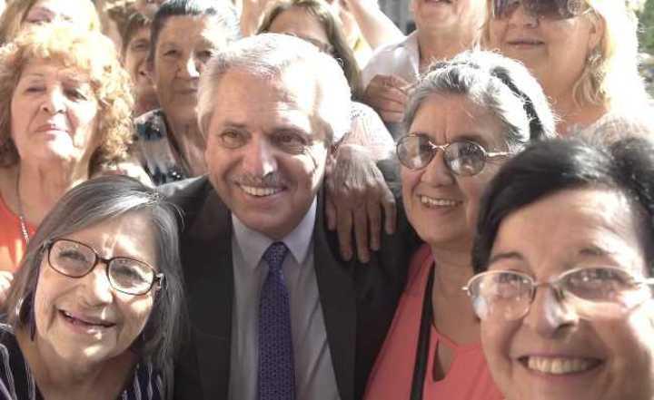 Fernández anunció un nuevo aumento en marzo para jubilados