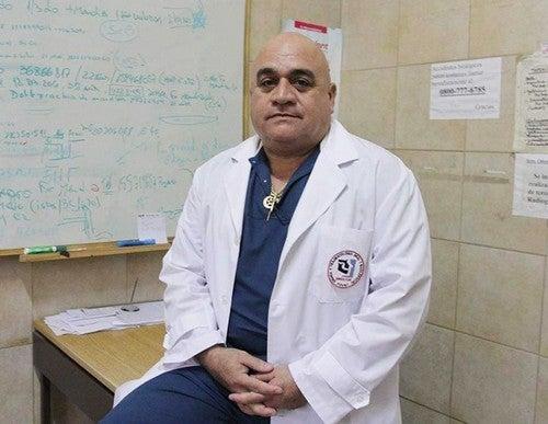 U.N.T: Destituyeron de su cargo en Odontología a Eduardo Hassan, el profesor acusado de abuso sexual