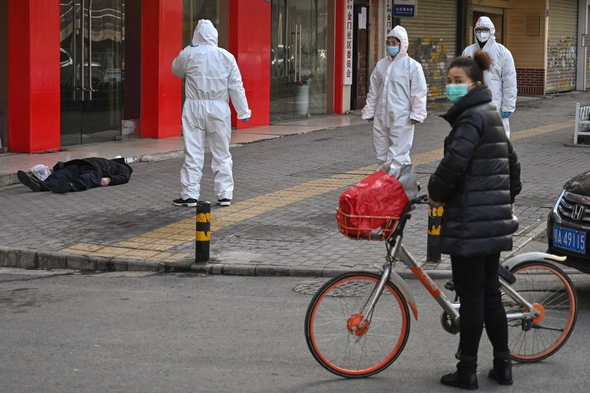 CORONAVIRUS: China no logra controlar la epidemia y la muerte acecha en las calles