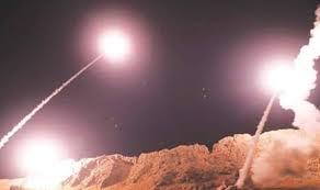 Irán desafia y  bombardea con decenas de misiles una base aérea de Irak que alberga fuerzas de EE.UU.(VIDEO)