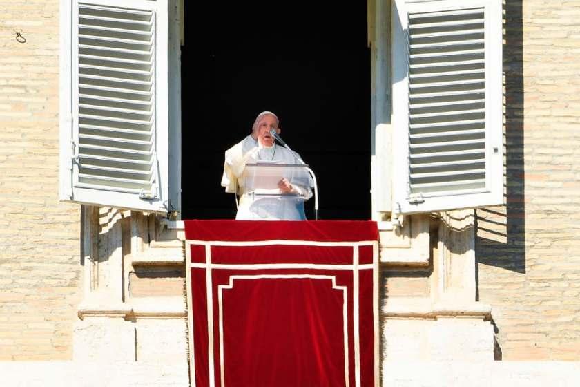 Francisco envia a los futuros nuncios a ser misioneros por un año
