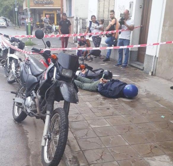 """Detienen a dos """"rompevidrios"""" en la zona bancaria: son padre e hijo"""