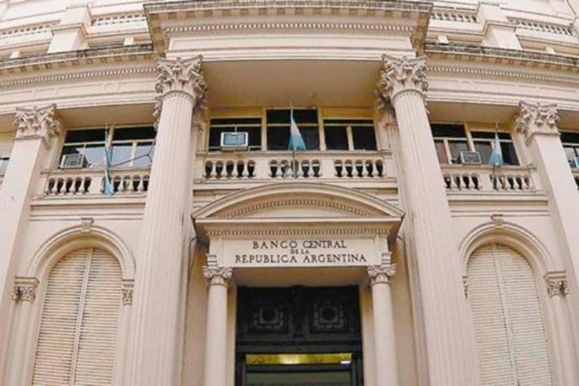 FINANZAS: El Banco Central prohibió el débito directo de cuotas de préstamos