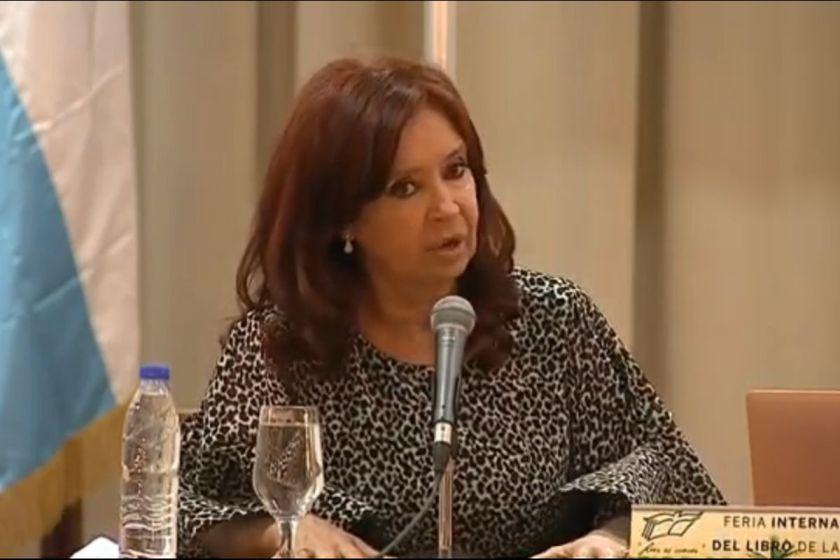 """Cristina Kirchner propuso un """"Nunca Más"""" sobre la deuda externa"""