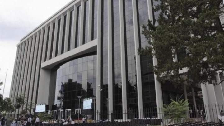 Jaldo dio licenció al 95% del personal de la legislatura