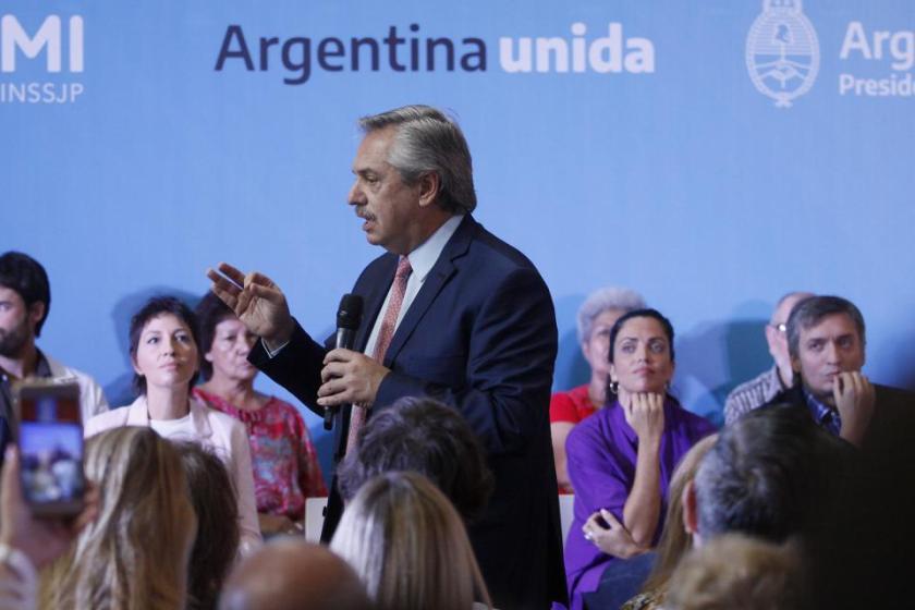 El presidente Fernández presentó los medicamentos gratis para afiliados del PAMI