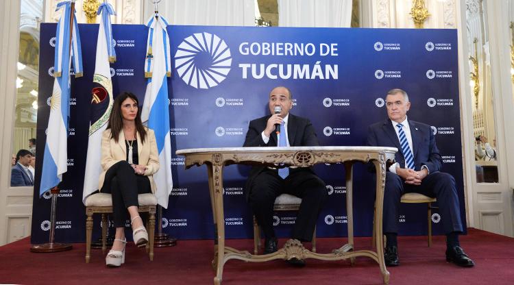 """TUCUMAN:El Poder Ejecutivo pagará """" bajo sus condiciones"""" la cláusula gatillo a estatales"""