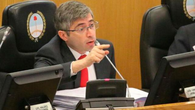 """Segun el legislador Canelada: """"Manzur ha quemado el dinero de los tucumanos en la timba electoral"""""""
