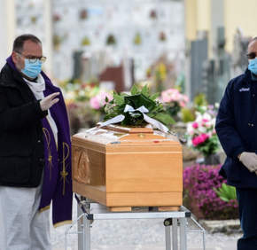 Mas de 100 sacerdotes muertos por coronavirus en Italia