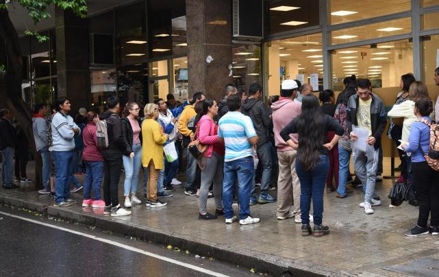 Tucumán comienza a salir de la CUARENTENA: El Gobierno nacional autorizó la reactivación de 11 actividades en la provincia