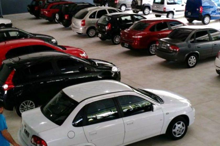 A causa de la cuarentena, la venta de autos usados se derrumbó 86,3% en abril