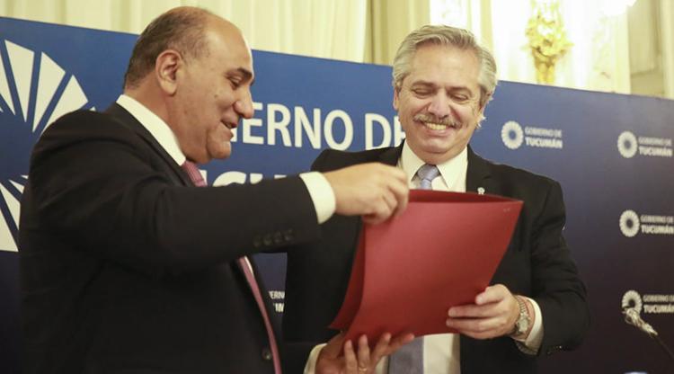 En su visita Fernández firmó un convenio para 67 obras en el interior tucumano por mas de $ 2000.- millones