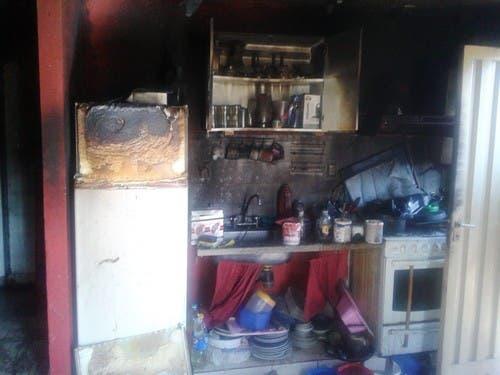 Las Talitas: Asaltan una casa y luego le prenden fuego