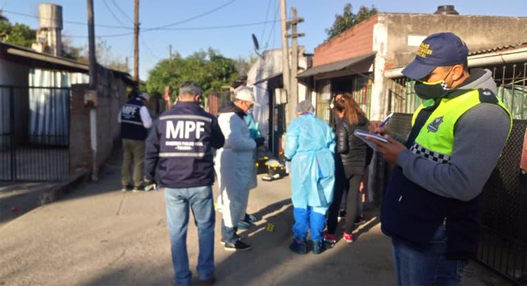 Un asaltante de 23 años murió  de un tiro al intentar robar a un taxista que lo traslada de Capital a Lules