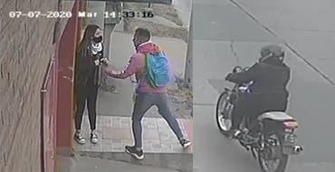 """Motochorros asaltan a una chica en Villa Luján y la policia """" SE NIEGA A TOMAR LA DENUNCIA"""" (VIDEO)"""