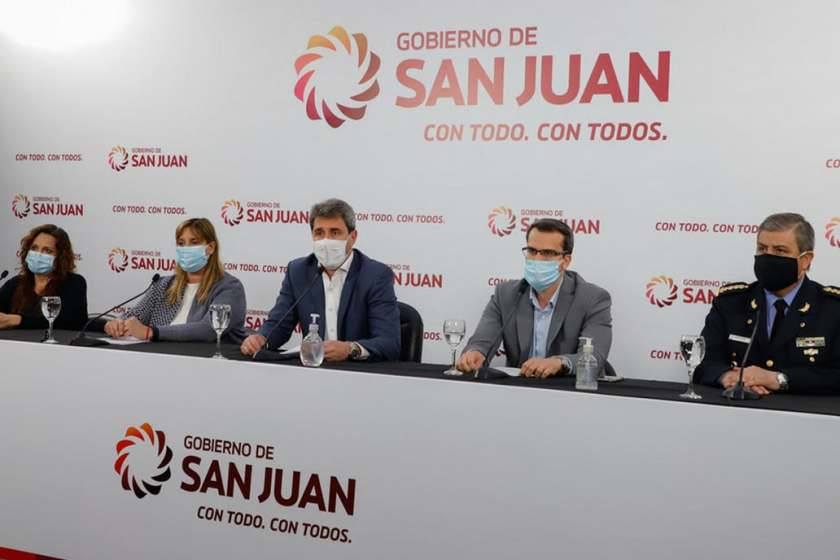 La vuelta a clases reactivo al Coronavirus y San Juan vuelve a cuarentena estricta por 14 días