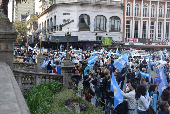 Edmundo  Jimenez  Ministro Publico Fiscal de Tucuman ordeno a la justicia investigar a quienes participaron de la marcha #17A
