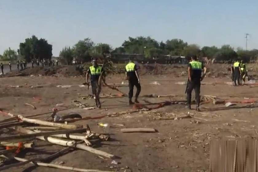 Desalojaron el inmueble donde se había hallado el cuerpo de Abigail  (VIDEO)